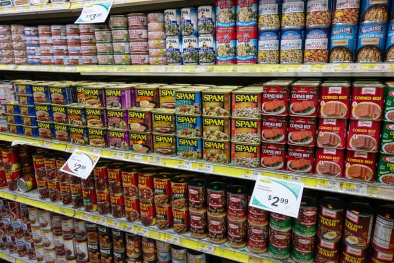Canned foods in grocery store.